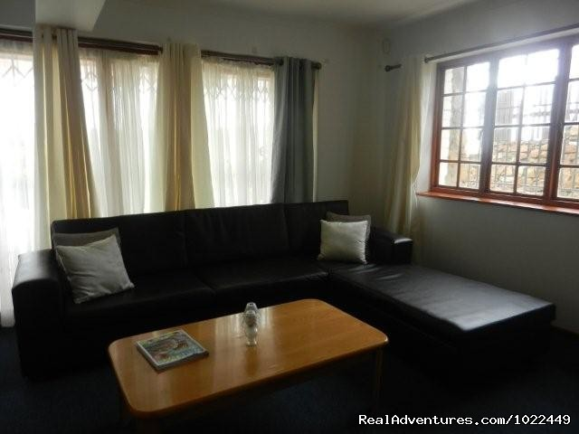 Lounge of 1 bedroom unit - Cape Town Eagle's Nest Guest House, South Africa