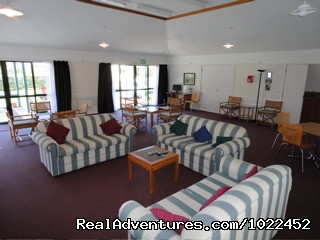 Aotearoa Lodge & Tours - guest lounge - Aotearoa Lodge & Tours for relaxed homely ambience