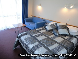 Superior Queen Studio Aotearoa Lodge & Tours (#8 of 15) - Aotearoa Lodge & Tours for relaxed homely ambience