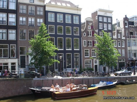 amsterdam heren bed and breakfast amsterdam netherlands bed breakfasts realadventures. Black Bedroom Furniture Sets. Home Design Ideas