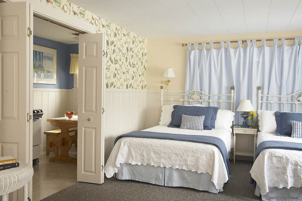 Classic Cottage Suite #11 | Image #8/18 | Maine Stay Inn - Premier Kennebunkport B&B