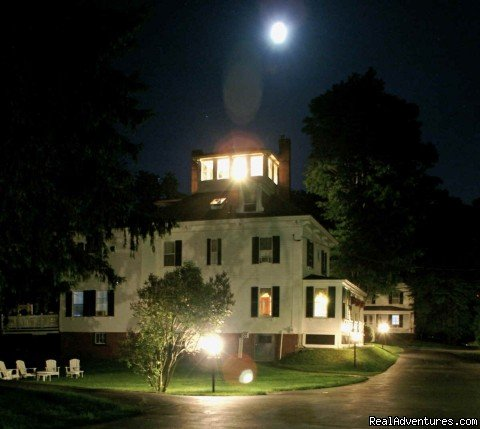 The Maine Stay at Night | Image #18/18 | Maine Stay Inn - Premier Kennebunkport B&B