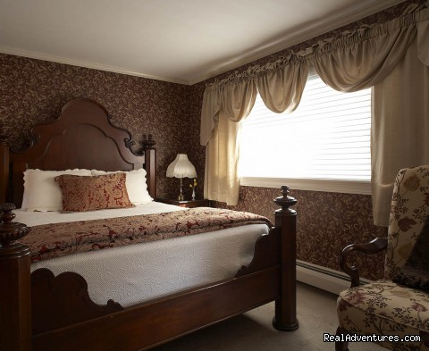 Romantic Cottage Suite #3 - Maine Stay Inn - Premier Kennebunkport B&B
