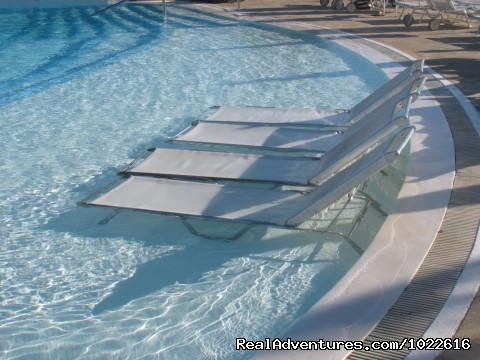 Pool Loungers - EcoLifeWalks, Sunny Island Spa + Biosphere Walks