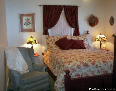 Standard Queen room with private bathroom - A Bed and Breakfast Inn on Minnie Street