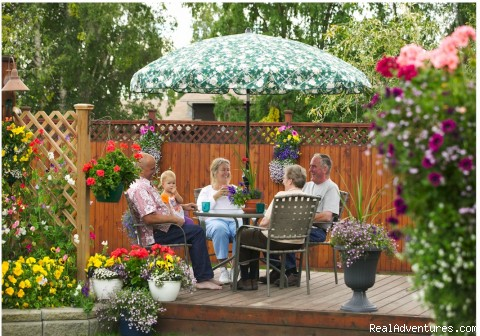 Enjoy the beautiful garden in the sun. - A Bed and Breakfast Inn on Minnie Street