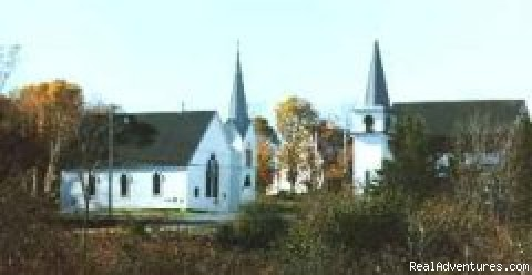 Churches - Ideal Apartment base for Daytrips, Broad Cove, NS