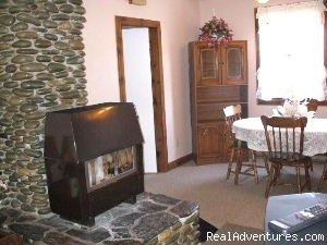 Family Sitting Room - Ideal Apartment base for Daytrips, Broad Cove, NS