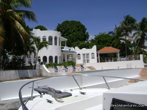 - PIROUETTE 15 St Maarten Villa On the LAGOON