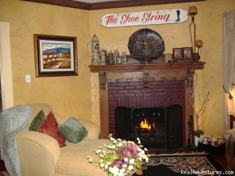 The Parlor room - Distant Sands Bed & Breakfast