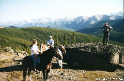 Folding Mountain - Larry's Riding Stables, Guiding & Outfitting