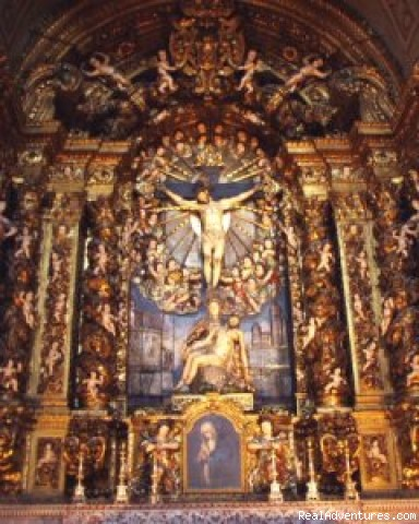 Guided Chapel - Lisbon Tours by Air-conditioned SUV