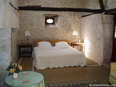 boulangerie king bed - Hotel L'enclos