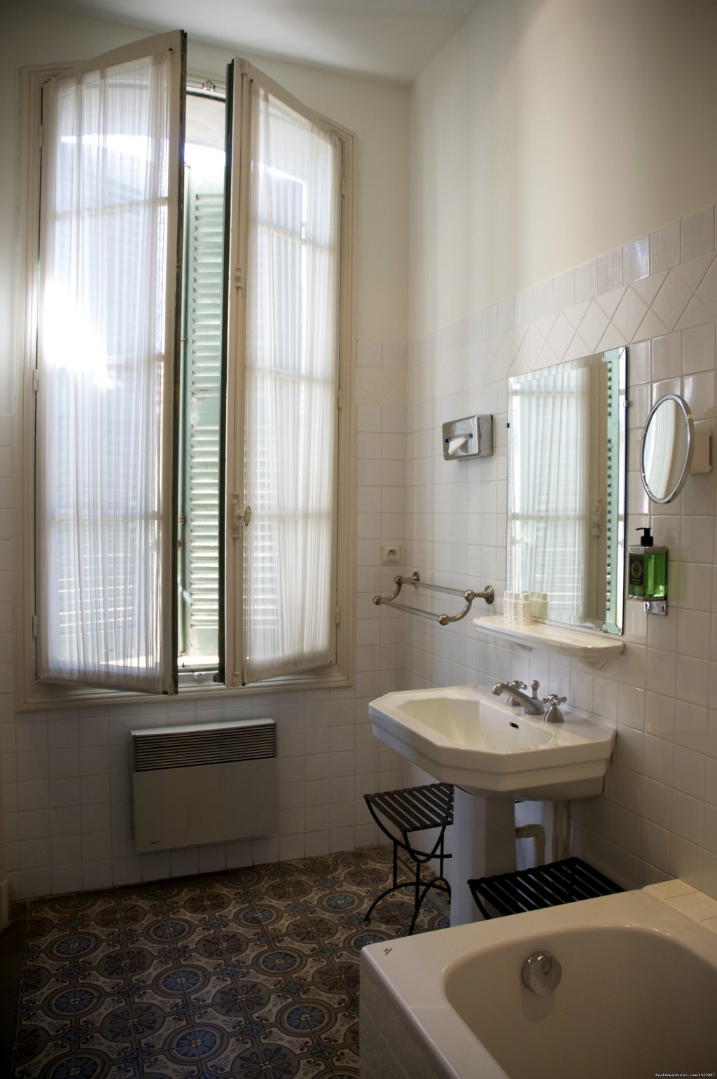 Bathroom of a SUPERIOR room | Image #6/24 | GRAND HOTEL NORD-PINUS a hotel with a soul
