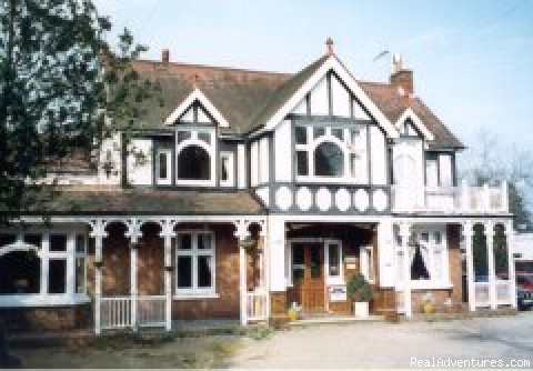 Gatwick Belmont Guest House: Photo #1