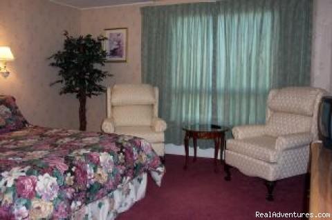 guest room - Bayside Inn