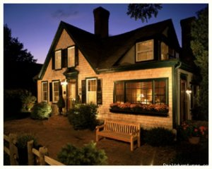 Snug Cottage Bed & Breakfasts Provincetown, Massachusetts