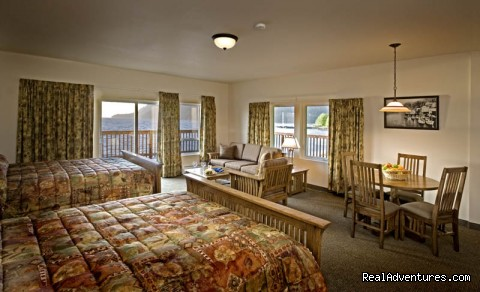Deluxe Suites - Legendary Alaska Sportfishing - Waterfall Resort