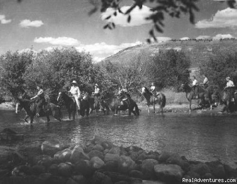 The Laramie River - Laramie River Dude Ranch