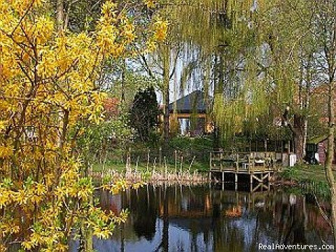FLANDERS : Romantic 4**** cottage near the Dutch border on a private estate with own lake in the creekregion