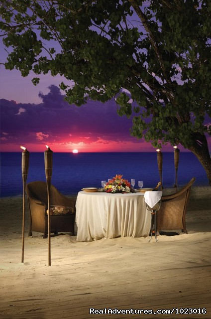 Dine on the Beach - Luxury Beachfront Rental Homes (Negril, Jamaica)