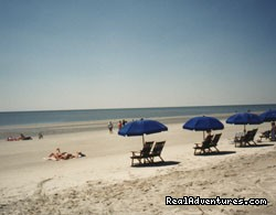 6 minute walk to beach.  Keep beach chairs in unit. - Hilton Head Palmetto Dunes Condo Near Beach
