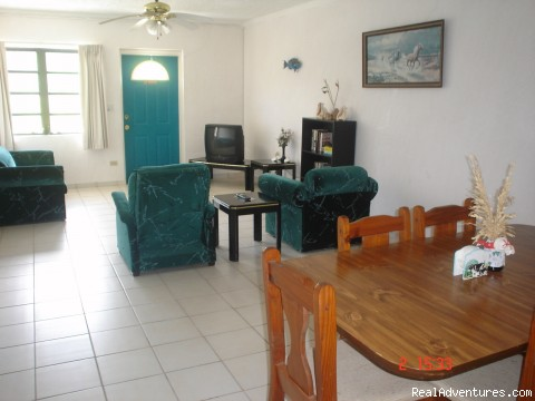 2 - Bedroom Apartment. - Tropical Dreams Motel Resort
