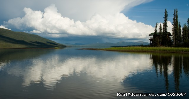 Iniakuk Lake, Brooks Range, Alaska - Alaska's Iniakuk Lake Wilderness Lodge