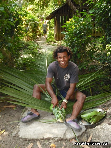 Preparing the lovo feast - Dive Kadavu / Matana Beach Resort