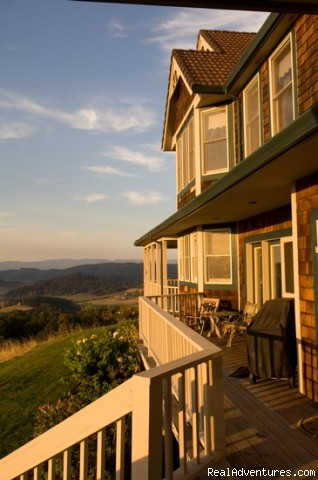 Breathtaking! - Oregon's Premier Wine Country Inn - Youngberg Hill