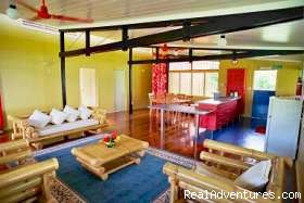 Saweni Beach House - Fiji For Less (tm) - Budget Accommodation in Fiji