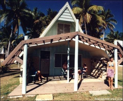 Tubakula Beach Bungalows - Fiji For Less (tm) - Budget Accommodation in Fiji
