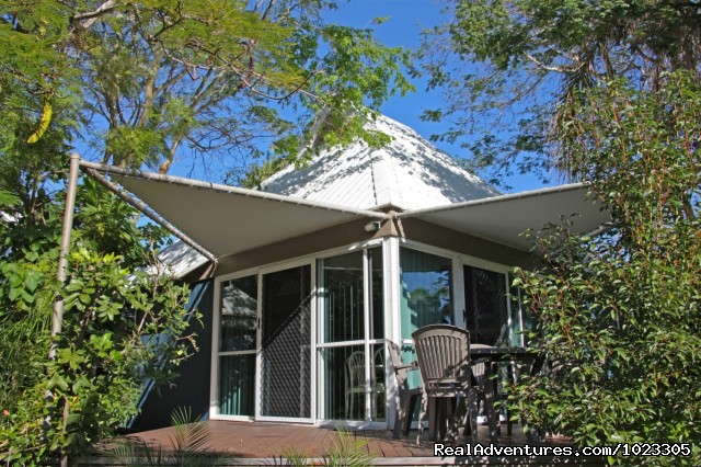 Self Contained Villas - Kellys Beach Resort- Naturally the place to stay