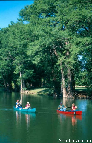 Kerrville Convention & Visitors Bureau: Canoeing