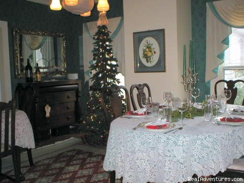 Christmas - CHESAPEAKE WOOD DUCK INN Bed and Breakfast