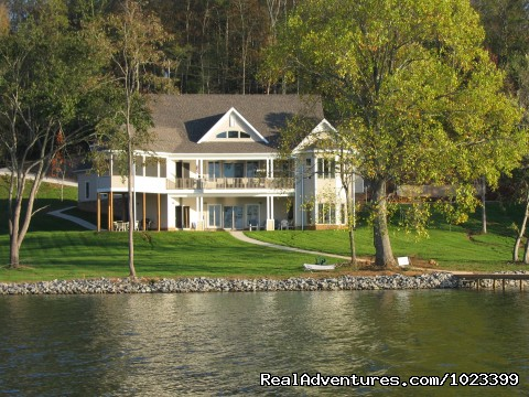 Luxury TN Vacation Lake Houses TLC Model, Grandview 42, Beachview