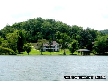 Luxury TN Vacation Lake Houses