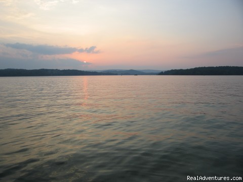 Watts Bar Lake View - Luxury TN Vacation Lake Houses