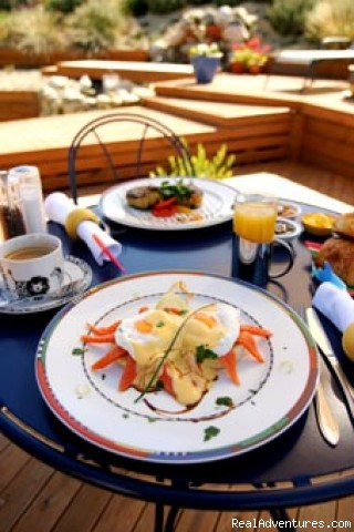 3 Course Gourmet breakfast will suit all diets. - Albergo Hanmer Lodge & Alpine Villas