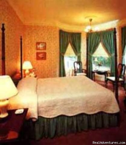 Cupola Queen - Stanyan Park Hotel