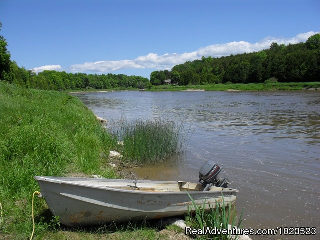 Boat at the Rosewood Shore of the Saugeen River - Family Fun, Golf, Fishing at Rosewood Cottages