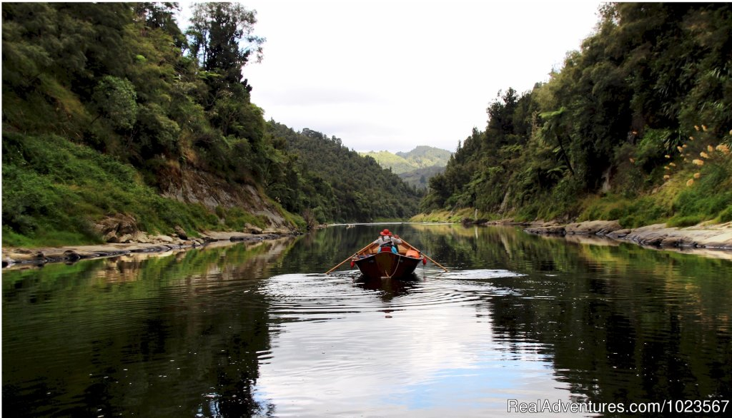 4-Day Dory Trip down the Whanganui River | Image #8/11 | River Valley Adventure Lodge