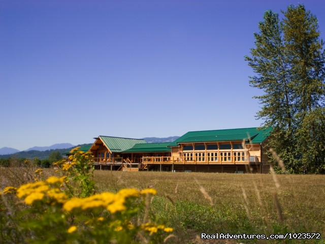 Exclusive Riverfront Lodge Agassiz, British Columbia Hotels & Resorts
