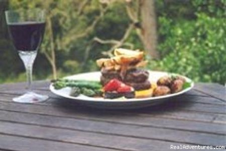 Beef fillet,  bush pepper shiraz glaze, parsnip chips - Aussie B & B with Sensory forest walks and dining