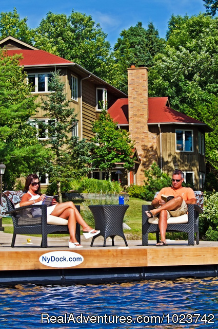 Relax by the lake - Fairybay Guest House