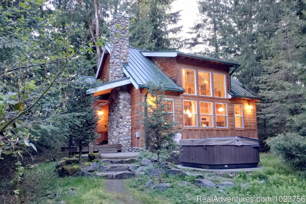 Mt. Baker Lodging - Cabin 11 | Image #13/21 | Mt. Baker Lodging Cabins at Mount Baker Washington