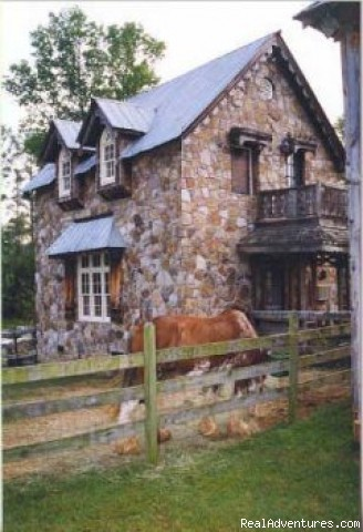 Beautiful Country Getaways at Zion Farms: The Stone House