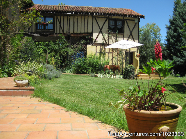 Jouandassou Trie, France Bed & Breakfasts