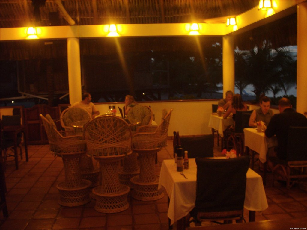 Night in the Green Parrot Restaurant | Image #20/24 | Green Parrot Beach Houses & Resort