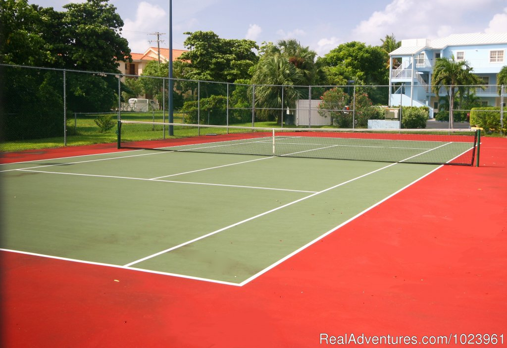 Grandview Condominiums Tennis Court | Image #20/26 | Vacation Rentals, Seven Mile Beach, Grand Cayman